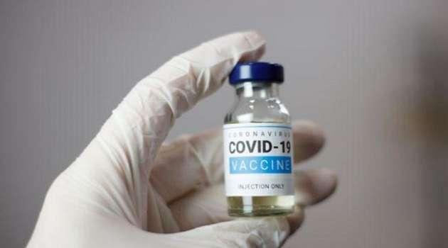 В Польше назвали условия поставок COVID-вакцин в Украину