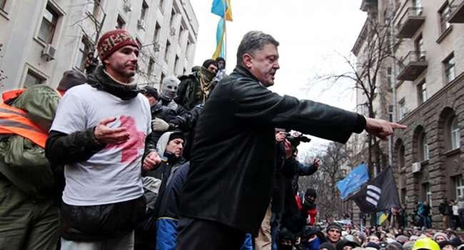 Журналист: опять, как и каждый год, в ленте куча сообщений типа «Порошенко виноват в том, что после Майдана не создал в Украине сказку»