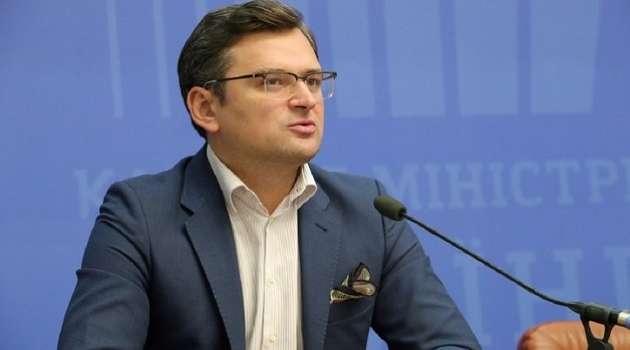 Кулеба радуется, что Литва, если у нее появятся излишки вакцины от ковида, тут же передаст ее Украине
