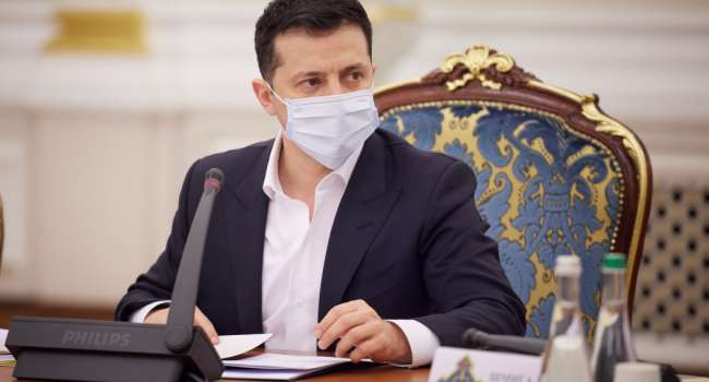 Иванов: на сегодняшнем заседании СНБО Медведчуку прямо сказали, что он может хоть каждый день покупать каналы, их все равно закатают санкциями
