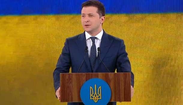 Зеленский пообещал, что в его партии не останется «засланных казачков»