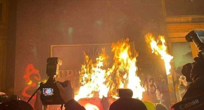 Ветеран АТО: снова виновен Порошенко - зам Авакова Геращенко намекнул на причастность пятого президента к митингу под ОП