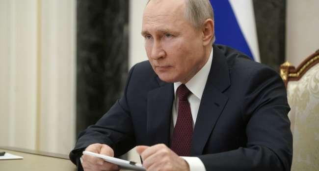 Политолог: на российских каналах обсмеивают западных лидеров и только Путин у них одни альфа-самец