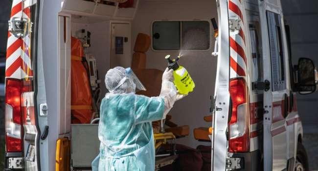 Политолог: в Украине смертность от коронавируса продолжает бить рекорды – Зеленский перестал записывать даже видосики