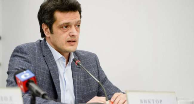 «Люди и бизнес потеряют всё»: экономист рассказал о последствиях локдауна в Украине