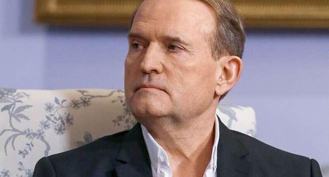 Политолог: перед возможным наступлением РФ украинская власть должна обезопасить тыл – запретить «ОПЗЖ» и телеканал «Наш»