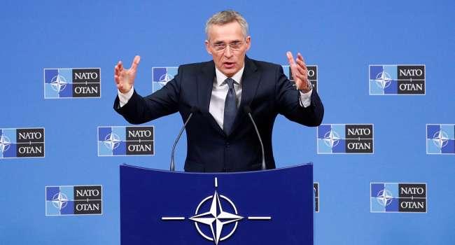 Столтенберг прокомментировал заявление РФ об отводе войск от границы с Украиной