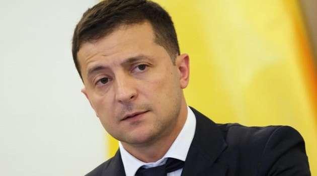 Стефанчук заявил, что у Зеленского есть, по крайней мере, одно основание для роспуска Рады