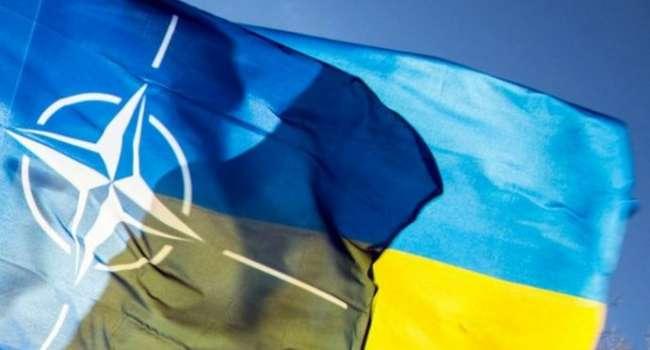 В Литве заявили, что Украина вступит в НАТО раньше, чем в Европейский Союз