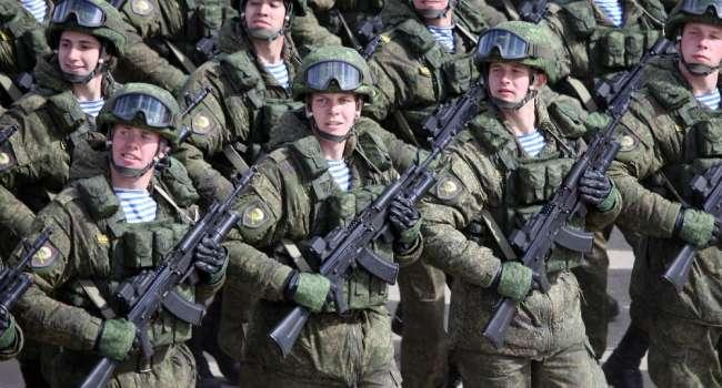 От границы с Украиной отведены только 10 тысяч российских военных – Зеленский