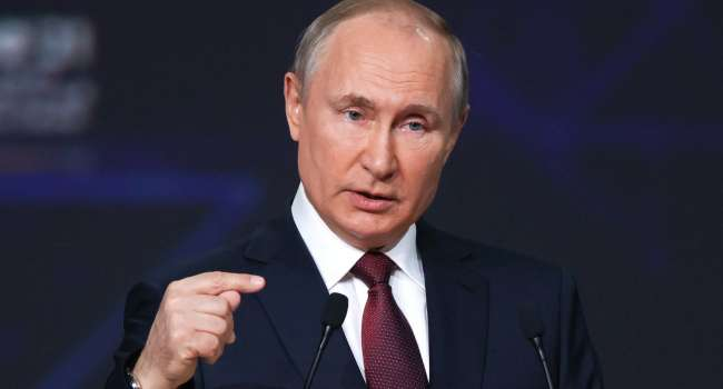 Политолог: Путин целенаправленно провоцирует россиян всеми фибрами души люто ненавидеть Зеленского и Украину