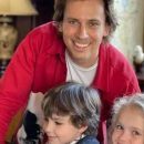 «Вот как нужно заниматься с детьми, учитесь, современные «я же мать»: Галкин показал, как примадонна с дочкой занимались рукодельством